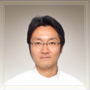 院長 荻野雅宏